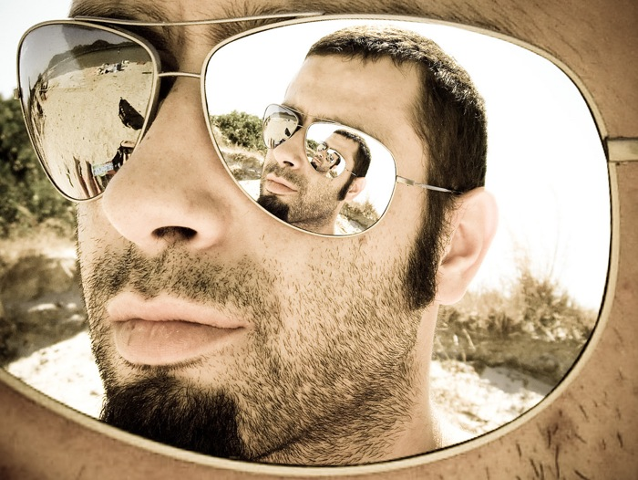 crazy sunglass reflection
